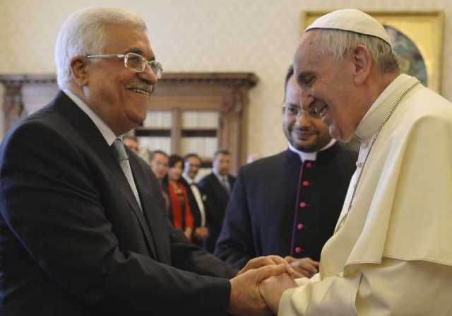 pope loves palestinians