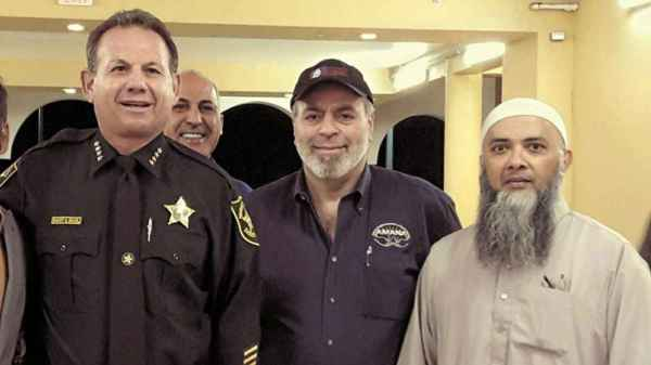 FLA Sheriff Scot Israels Close Ties To CAIR Deputy Former Head Of Hired In 2015